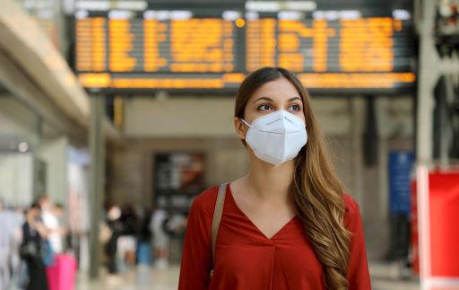 Le mascherine non sono più richieste sui voli di questi paesi!