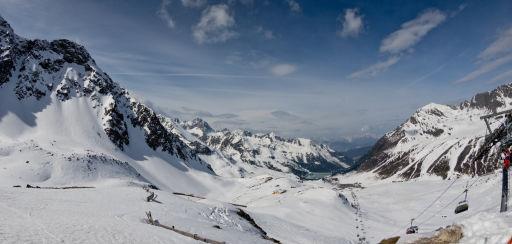 Skiurlaub mit fast 400€ Ersparnis direkt an der Piste