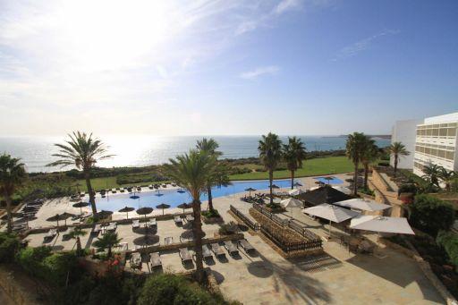 🌅 Hotel 4* con vistas al mar en Conil. 2 noches