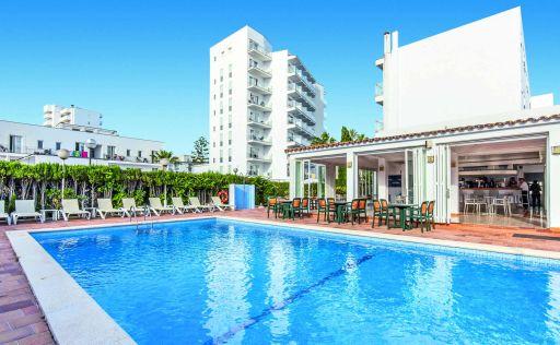 Mini Majorca all-inc break with flights & hotel