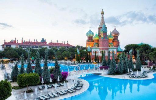 All-inc 5* Turkey break w/flights & Russian-style palace hotel!
