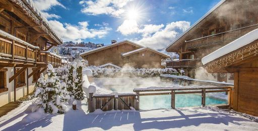 Hit the slopes! 2nt ski chalet stay in the French Alps ⛷