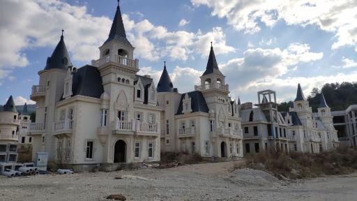 Leegstaande villa's in Turkije
