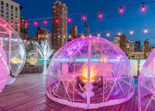Luxe Chicago Hotel with Rooftop Igloos