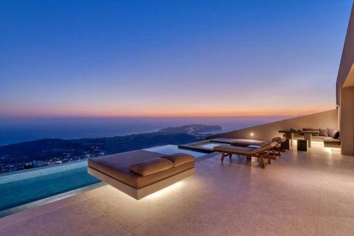 Le paradis au-dessus de la mer Égée