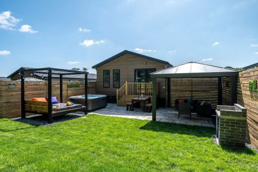 Brand new for 2021: pet-friendly Yorkshire lodge with hot tub