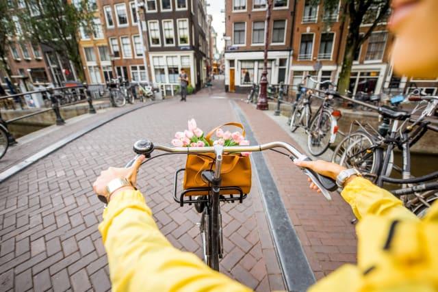 holiday-to-amsterdam-header