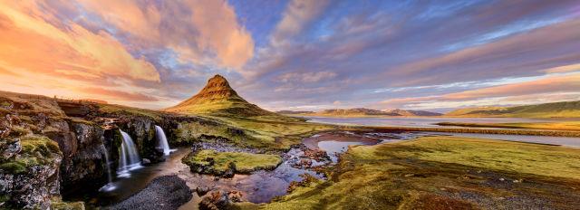 Vue panoramique de Kirkjufell, Islande