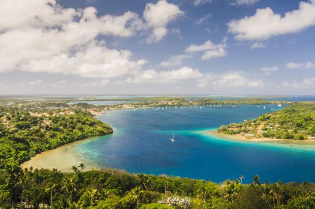 Königreich Tonga von oben Meer Bäume