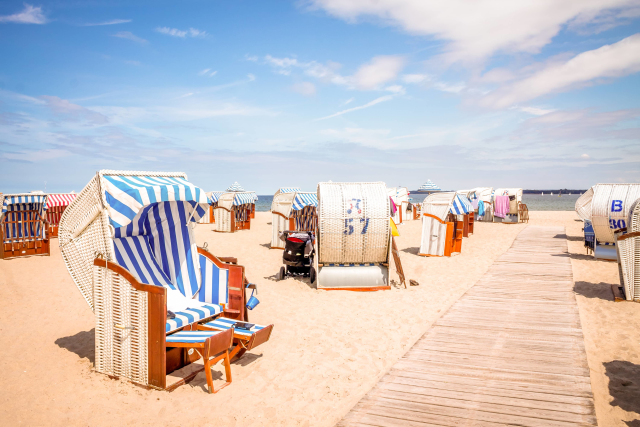 Strandkörbe am Strand von Travemünde
