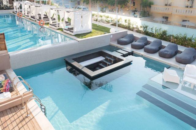 Epos Luxury Beach Hotel