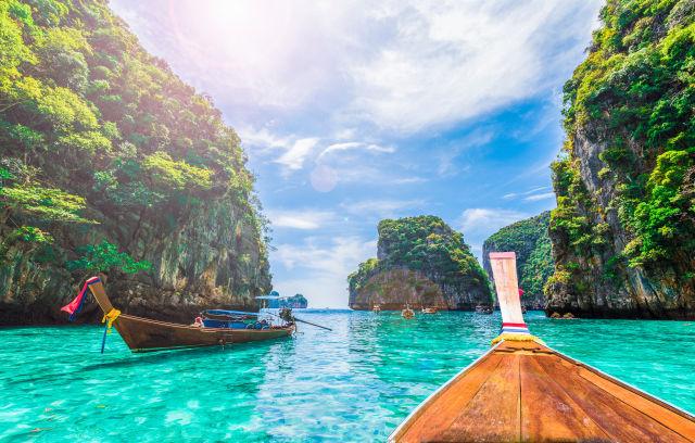 Loh Samah Bay, Phi Phi Island, Thailand