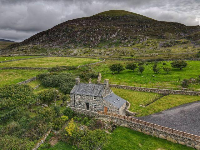 Gellibant Cottage, airbnb