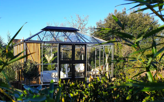 La Petite Maison derriere les Buis, airbnb