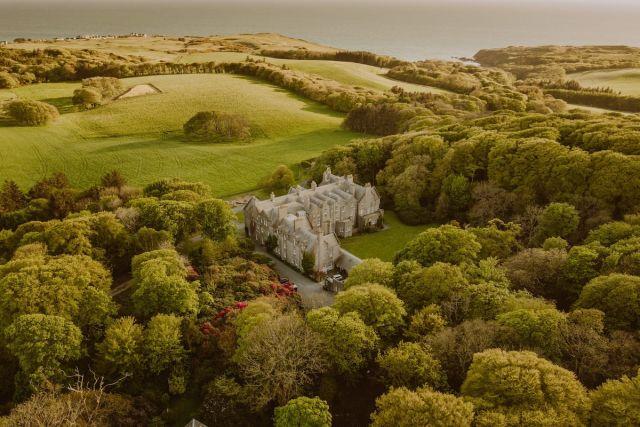 Dunskey Castle, Airbnb