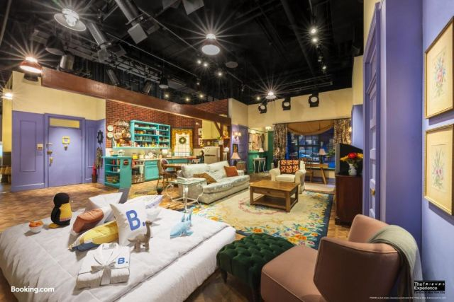 New York, The Ultimate Sleepover at The FRIENDS Experience