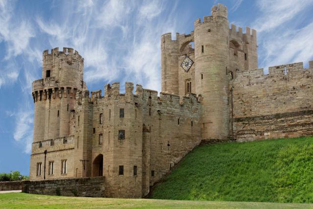 holdiayextras warwick castle, holidayextras