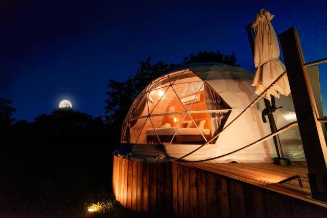 Au champ de l'insolite dôme coquelicot, airbnb, Rocamadour